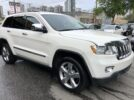 2011 Jeep Grand Cherokee Overland 4WD, DVD, NAVI, Local, Free Warranty – $17,888